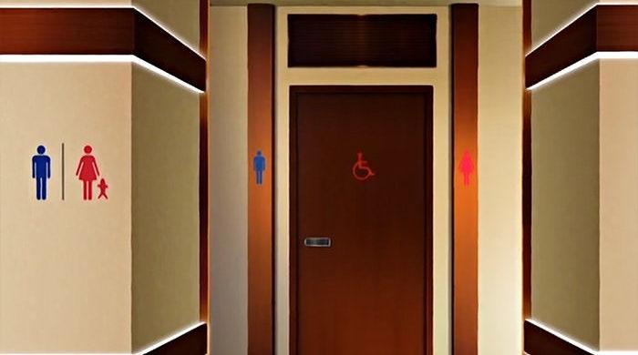 ヒロトにトイレに連れ込まれて